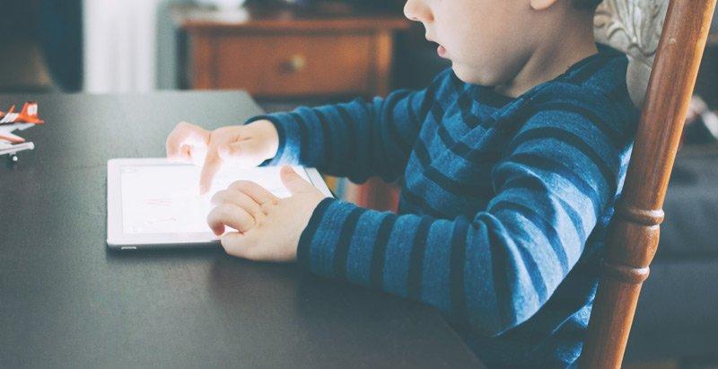 Pros y Contras del uso de la tecnología para los bebés