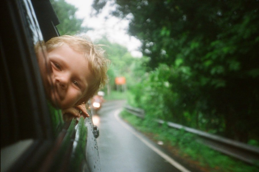 Sillitas de coche para bebé, ¿qué características deben tener?
